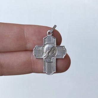 Croce volto Redentore